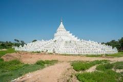 Hsinbyume pagoda w Sagaing stary miasteczko Myanmar Zdjęcia Stock