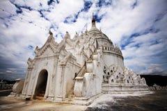 Hsinbyume Paya: templo budista, Myanmar Fotos de Stock Royalty Free