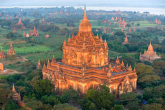 Htilominlo Phto am Sonnenaufgang, Bagan, Myanamr. Lizenzfreie Stockfotos