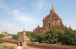 Htilominlo Templa, Bagan, Myanmar Imagenes de archivo