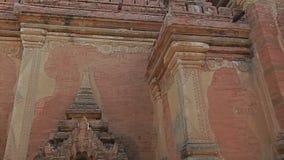 Htilominlo Temple in Old Bagan, Burma stock video
