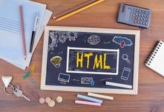 HTML主页领域网络设计概念 在木的黑板  免版税库存照片