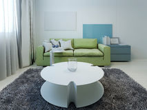 Hötorgskonst utformad vardagsrum med vita väggar Royaltyfri Fotografi