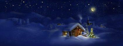 Hütte, Weihnachtsbaum mit Lichtern, Panoramalandschaft Stockfotos
