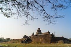 Htukkanthein寺庙,在小小山的寺庙在Mrauk U,镭北部 免版税库存图片