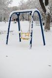 Huśtawka pod śniegiem Obrazy Royalty Free