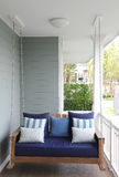 Huśtawkowy siedzenie z poduszką Obrazy Royalty Free