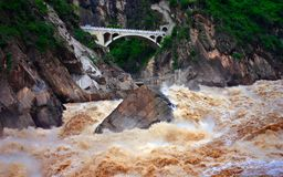 Hu-tiao Gorge. The valley in the upper reaches of the Jinsha River, a total length of 18 kilometers Stock Photos