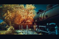 Υπέρυθρη έξοχη εικόνα χρώματος 590 του σιδηροδρομικού σταθμού της Hua Hin Στοκ Εικόνα