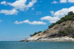 Hua hin plaża 1 i duży kamień fotografia stock