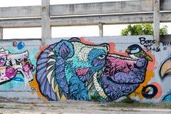HUA HIN, TAILÂNDIA - May30,2015: Fábrica velha abandonada grafittis s Imagem de Stock