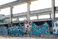 HUA HIN, TAILANDIA - May30,2015: Vecchia fabbrica abbandonata graffiti s Fotografie Stock Libere da Diritti