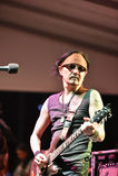 HUA HIN, TAILANDIA - Nov16,2015: Thierry Maekwatana, guitarrista f Fotografía de archivo libre de regalías