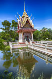 Hua Hin temple pond Stock Photography