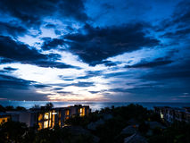 HUA HIN THAILAND: Sonnenaufgangmorgenmeerblick Lizenzfreie Stockbilder