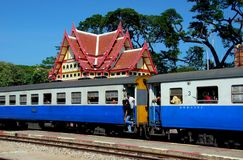 Hua Hin, Thailand: Thai Railways Train at Station Royalty Free Stock Photos
