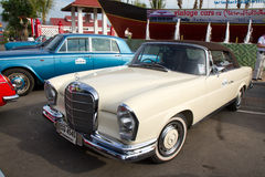 Hua Hin Vintage Cars Parade Festival 2011 stock photos