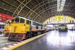Hua Lamphong Railway Station - Banguecoque, Tailândia fotos de stock royalty free