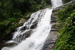 Huaey Sai Lauang Waterfall Chiangmai Province Thailand, Beautifu stockbilder