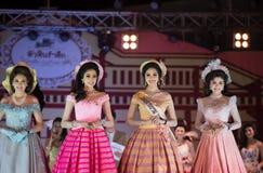 HUAHIN THAILAND-29APR, 2016年:壮丽的场面错过huahin 2016年,衣物 库存照片