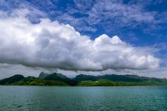 Huahine ö i det franska Polynesienet i Stilla havet arkivbild
