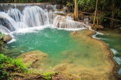 huai kamin kanchanaburi mae泰国瀑布 免版税库存照片