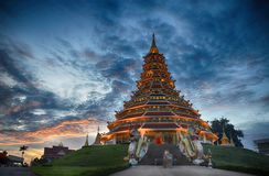 Huai Pla Kungs-Tempel in der chinesischen Art Chiangrai Thailand Stockbilder
