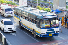 29 Hualumpong - voiture d'autobus de Rangsit d'université de Thammasat Image libre de droits