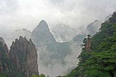 Huang Shan Mountains hidden in mist Royalty Free Stock Image
