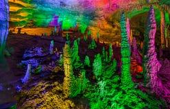 Huanglong Dragon Cave - China amarelos fotografia de stock royalty free