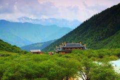 Huanglong tempel Royaltyfri Bild