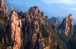 Huangshan-Berg (gelber Berg), China Stockfotos
