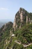 Huangshan bergslinga arkivbilder