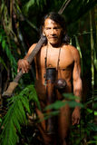 Huaorani Hunter In Amazon Basin indigeno fotografia stock libera da diritti