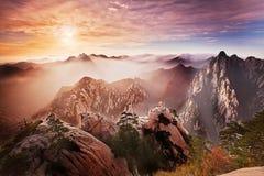 huashan восход солнца стоковая фотография rf