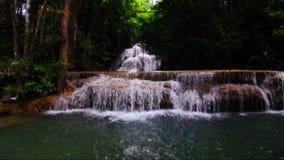 Huay Mae Kamin瀑布国家公园,北碧 股票视频
