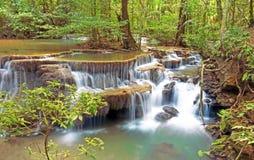 Huay mae kamin瀑布在泰国 免版税库存图片