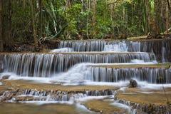Huay Mae Kamin Wasserfall Lizenzfreies Stockbild