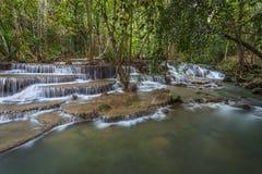 Huay Mae Kamin Wasserfall Lizenzfreie Stockbilder