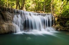 Huay Mae Kamin Wasserfall stockbild