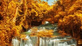 Huay Mae Kamin Waterfal Arkivfoton