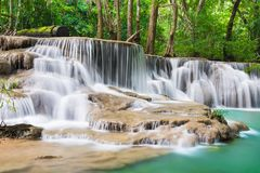 Huay Mae Kamin Waterfall bei Kanchanaburi, Thailand Stockfoto