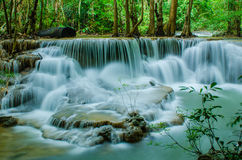 Huay Mae Khamin - cascade. photos stock