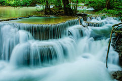 Huay Mae Khamin - cascata. Fotografia Stock