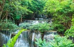 Huay Mae Khamin siklawy przy Sri Nakarin parkiem narodowym Zdjęcia Stock