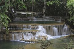 Huay Mae Khamin Waterfall Fotografie Stock Libere da Diritti