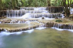 Huay Mae Khamin Waterfall Stockfotos