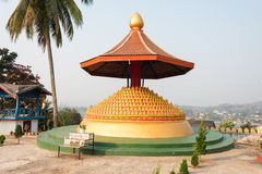Huay Xai, Laos - breng 03 2015 in de war: DE BTW CHOME KHAOU MANIRATN beroemd Stock Foto