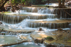 Huaymaekamin vattenfall Arkivfoton