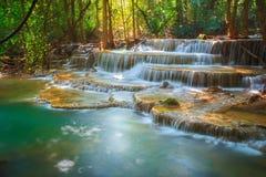 Huaymaekamin-Wasserfall Stockbilder